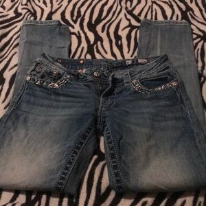 Rarely worn size 27 miss mes straight